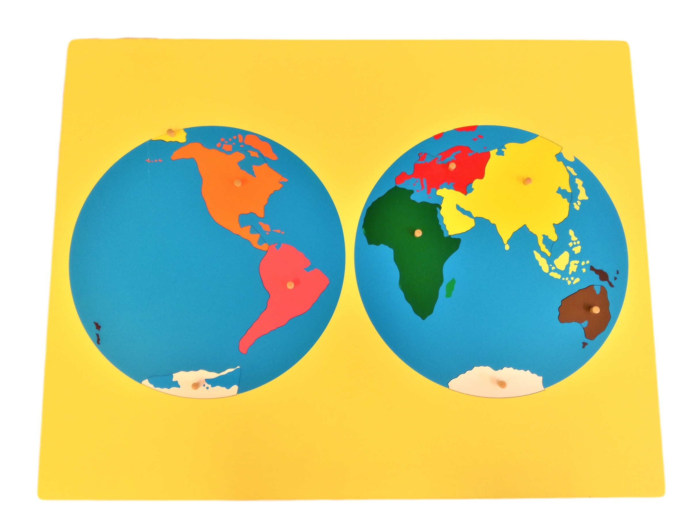 Puzzle - mapa světa - bez rámečku
