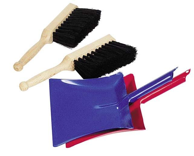 Smetáček s přírodními štětinami a lopatka, modrá nebo červená